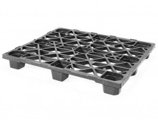 SKIDS-330 Top view of high quality, economical, nestable one-way pallet in industrial size.